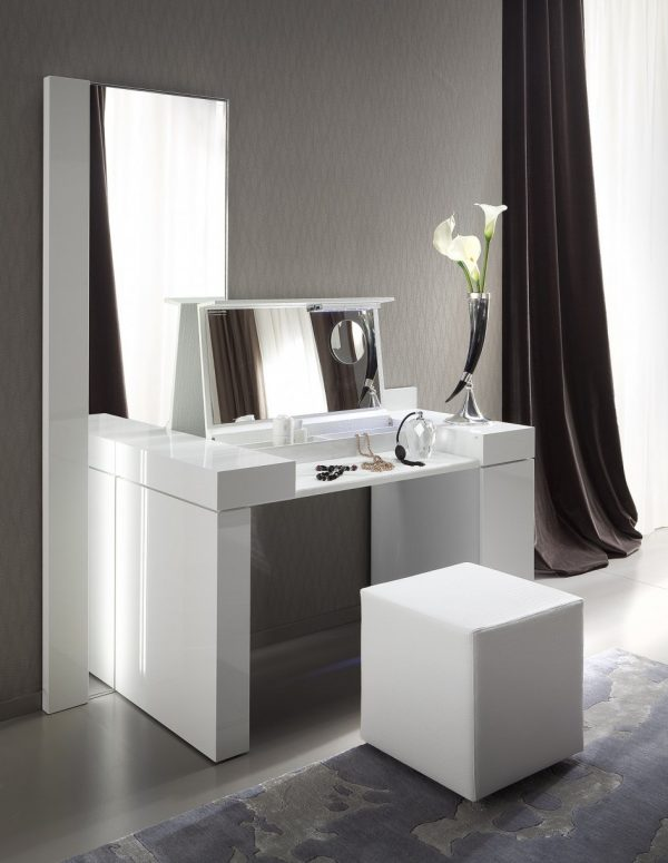 Vanity Dresser With Stool Off 51, Redstone Dressing Table With Stool And Mirror White