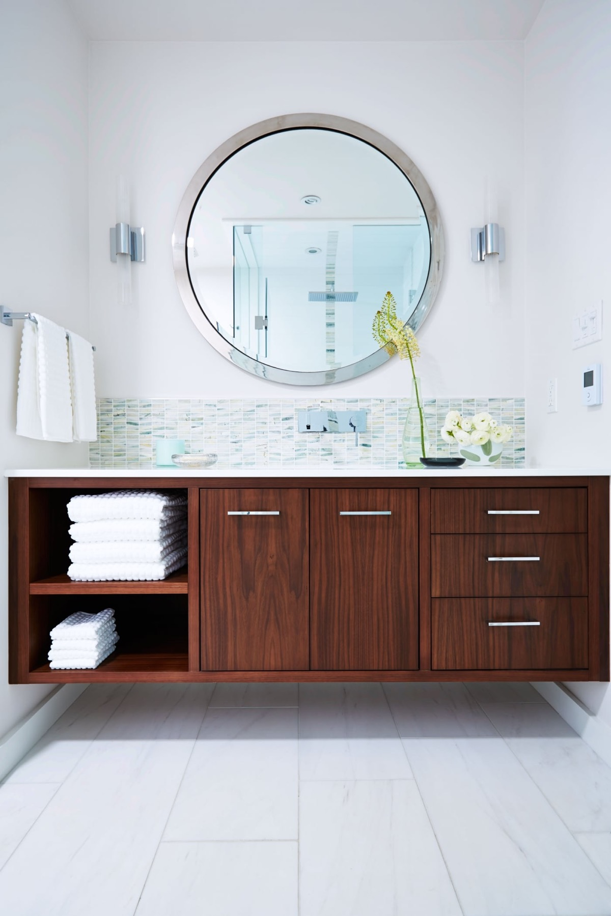 tub with design modern gurdjieffouspensky master best for charming tiny home enchanting small tile designsme ideas download photo room contemporary washroom decorating unbelievable of bathrooms idea shower dark bathroom designs