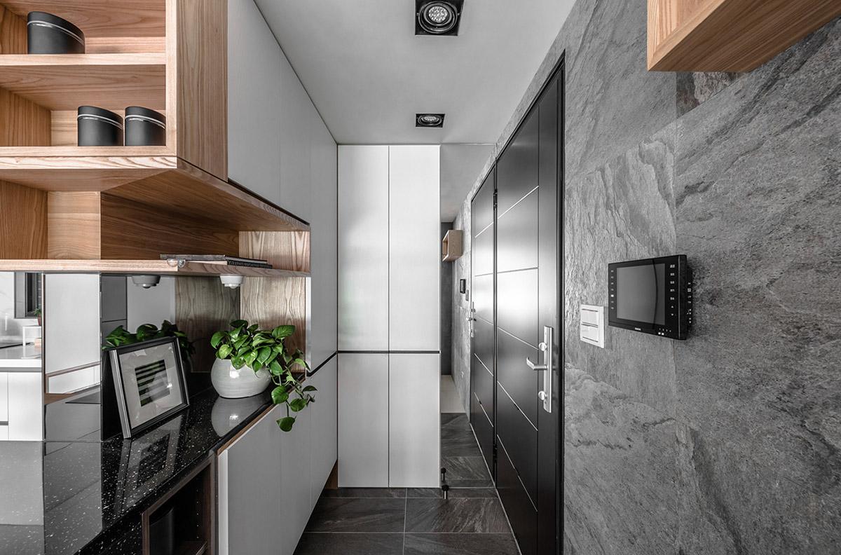 Các ý tưởng về thiết kế nội thất - Hallway storage solutions