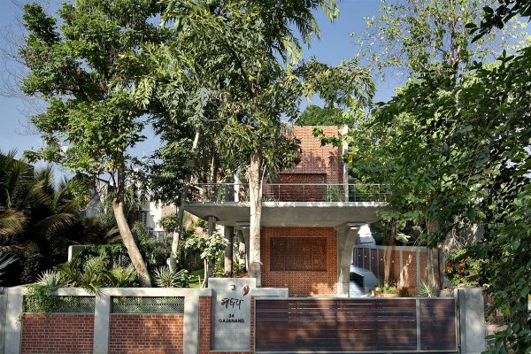 A Colour Rich Indian Home With Concrete Architecture And Interiors