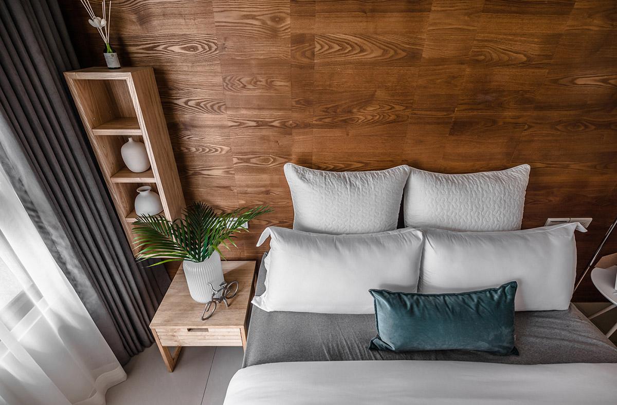 Các ý tưởng về thiết kế nội thất - Teal cushion
