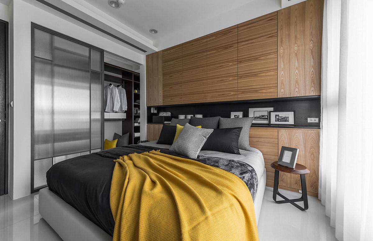 Các ý tưởng về thiết kế nội thất - Yellow bed throw