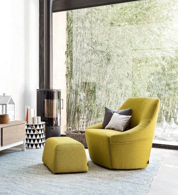 50 Modern Swivel Chairs That Give Your
