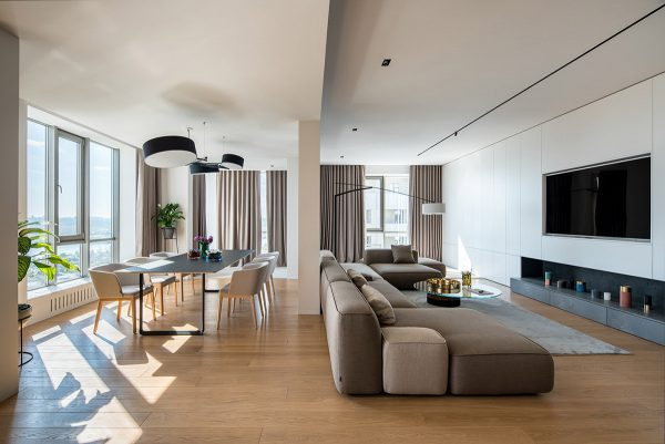 Minimalist Interior With Focus On Family & Functionailty