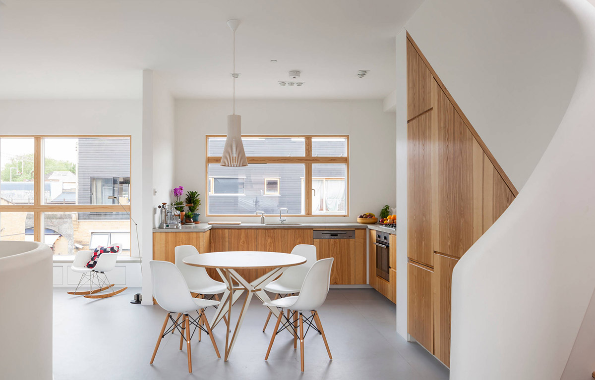 50 Unique U-Shaped Kitchens And Tips You Can Use From Them on u shaped desk ideas, u shaped kitchen floor plans, u shaped fence ideas, u shaped bar ideas, u shaped small kitchens, u shaped kitchen renovation, u shaped kitchen cabinetry, u shaped kitchen countertop ideas, u shaped kitchen flooring ideas, u shaped kitchen kitchen,