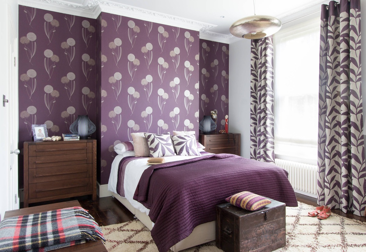 33 Purple Themed Bedrooms With Ideas, Tips & Accessories