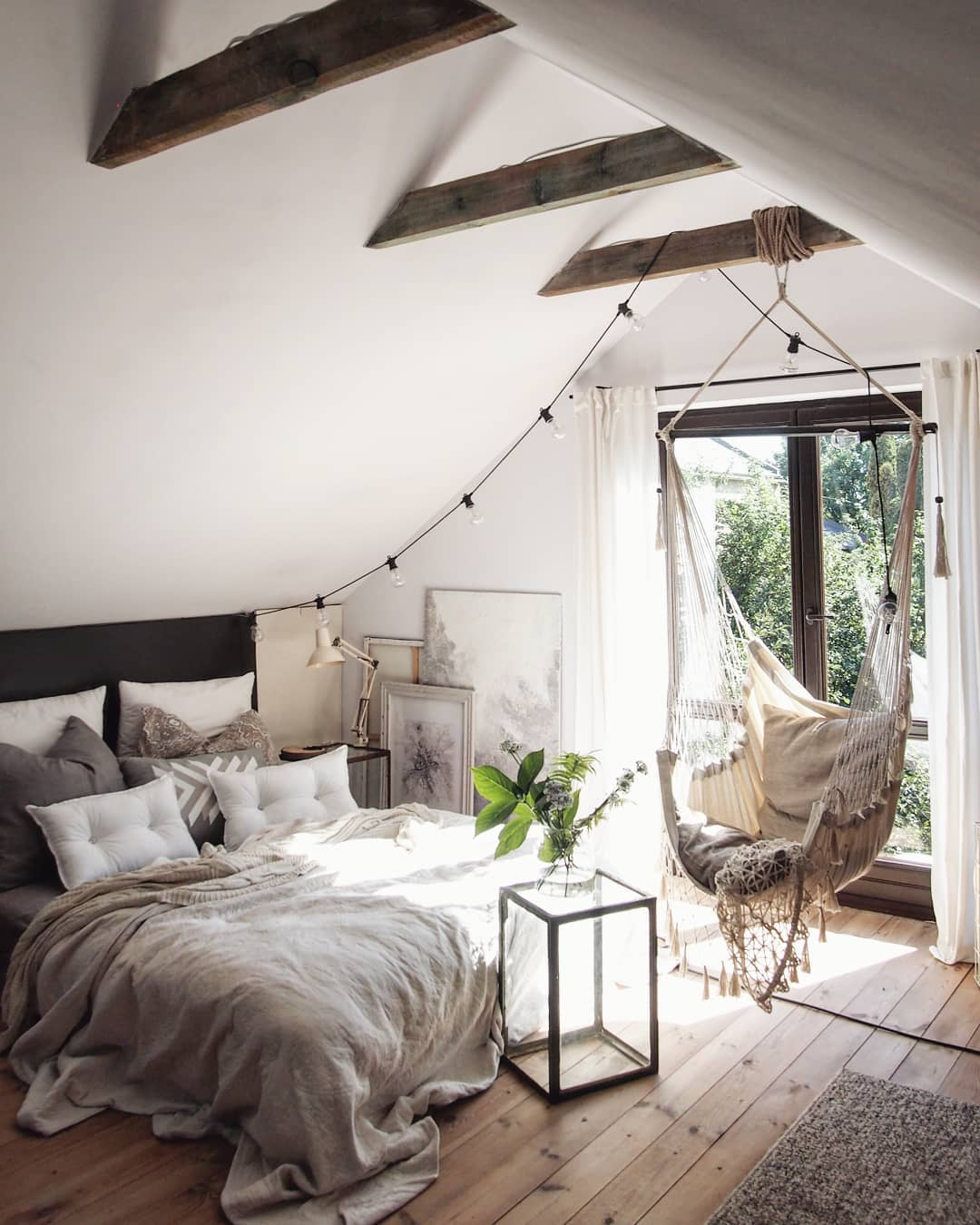 51 Cozy Bedrooms With How-To Tips & Inspiration