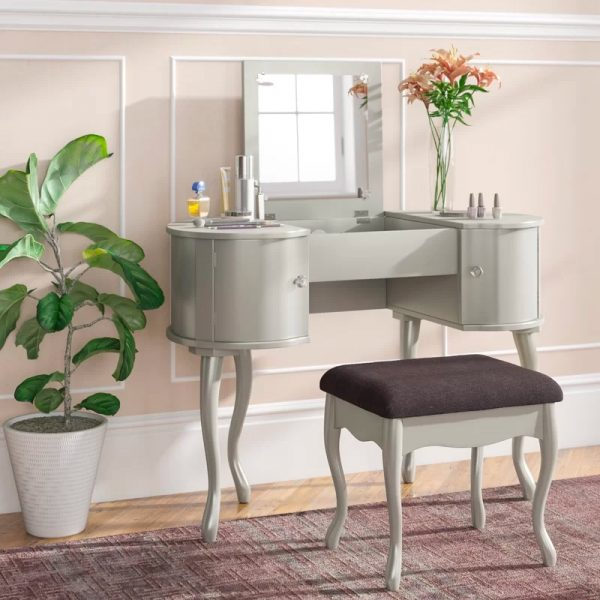 Magnificent 51 Makeup Vanity Tables To Organize Your Makeup Collection Ncnpc Chair Design For Home Ncnpcorg