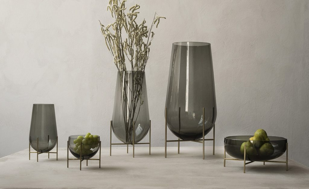 51 Glass Vases To Fill Your Home With Flowers And Delight