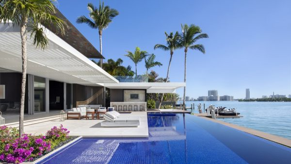 Jet Set Miami Home Inspired By A Super Yacht
