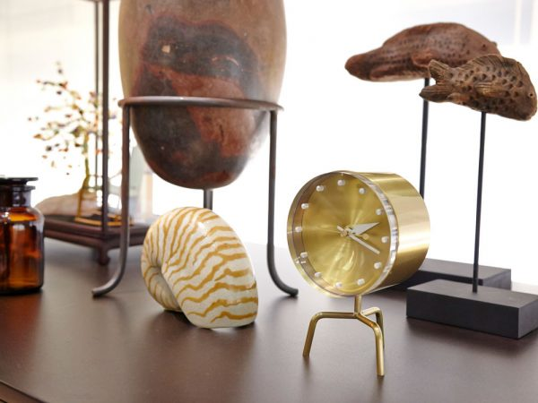 41 Mid Century Modern Clocks To Accessorize Your Wall