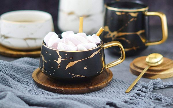 Product Of The Week: Beautiful Gold And Marble Patterned Cups