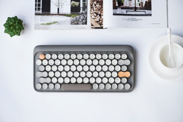 Product Of The Week: A Retro-Cute Mechanical Keyboard