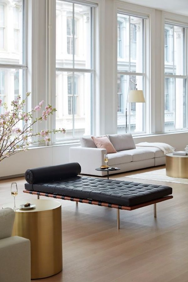 Wondrous 51 Tufted Sofas That Make Everyday Comfort Look Extraordinary Evergreenethics Interior Chair Design Evergreenethicsorg