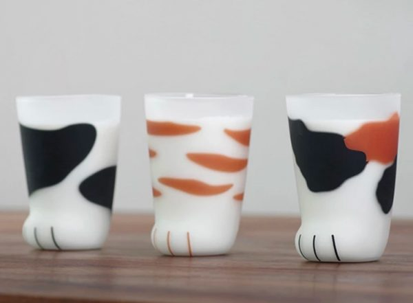 Product Of The Week: Cool Cat?s Paw Glass Tumblers!