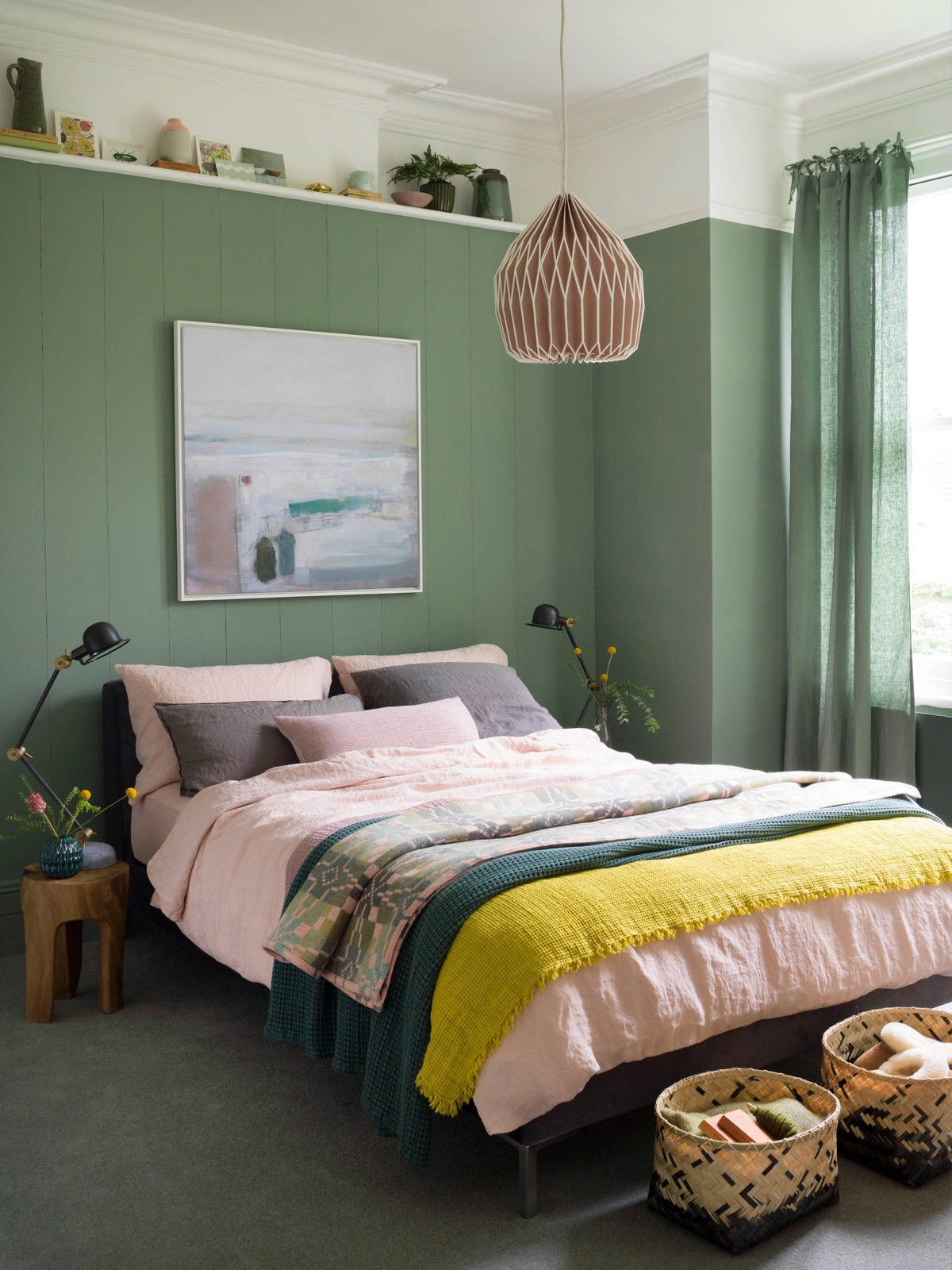 green bedroom ideas 51 green bedrooms with tips and accessories to help you design yours 7431