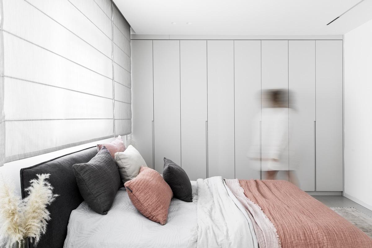 Pink Black And White Bedroom Interior Design Ideas