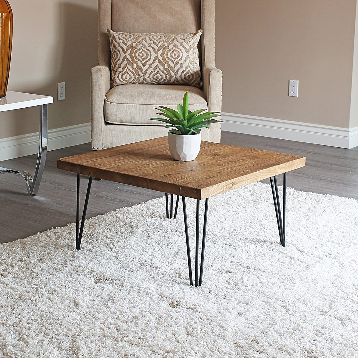 6 Wood Coffee Tables to Create a Cozy and Inviting Atmosphere