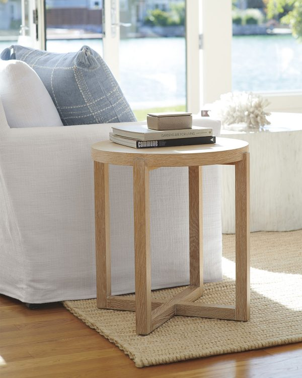 51 End Tables To Accent Your Living, Wooden End Tables For Living Room